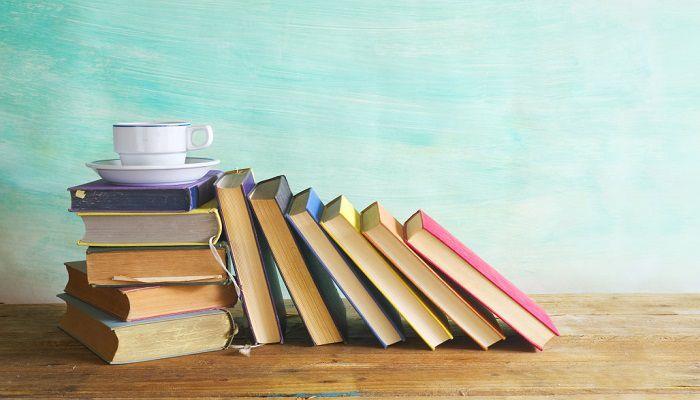 Bạn có thể tặng bạn thân mình những cuốn sách làm quà sinh nhật